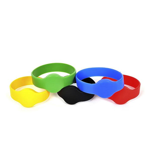 RFID браслеты и карты